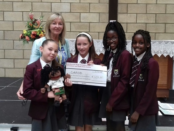 Linda Heneghan with students from Blessed Hugh Faringdon